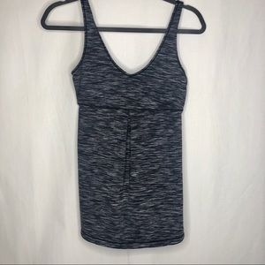 Lucy v-neck workout top XS